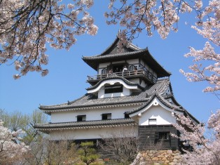 Castle_in_Inuyama