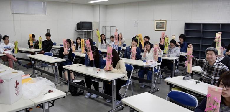 大人気!花育の授業(選択科目:京の文化)